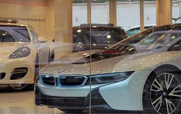 نمایشگاه اتومبیل نمایشگاه ماشین خودرو وارداتی