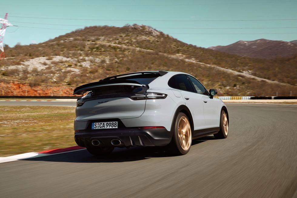 جدیدترین اطلاعات از کاین توربو GT قدرتمندترین پورشه هشت سیلندر