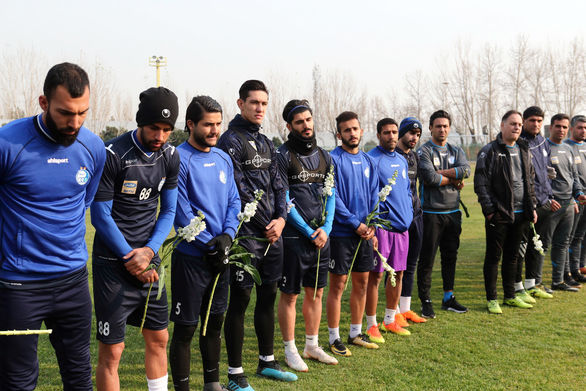 فرهاد مجیدی با تلفن بازیکنان را به تمرین آورد!