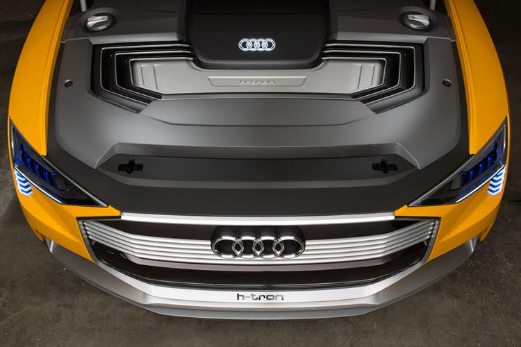 Audi E-tron / آئودی ای-ترون