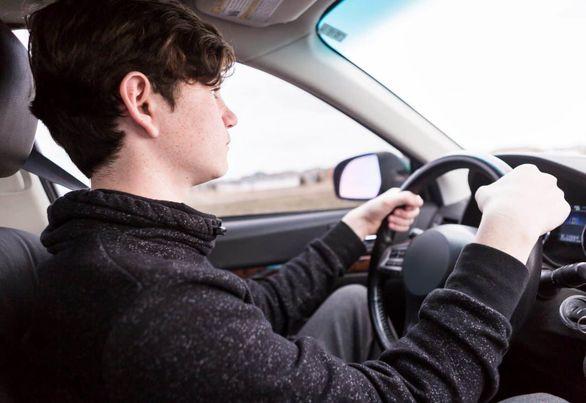 اگر هیچ چیز از رانندگی نمی دانید، بخوانید