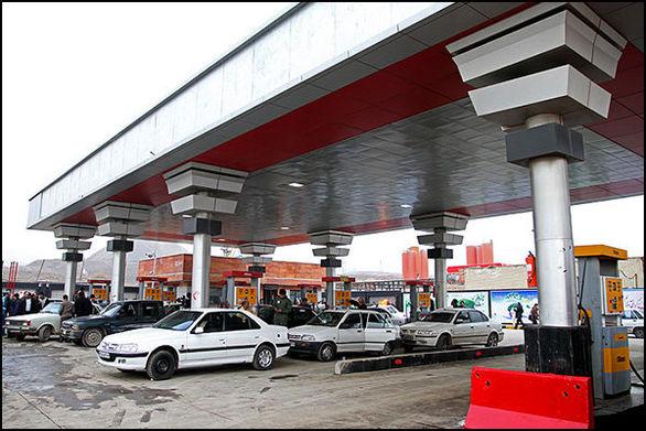 سهمیه بنزین آذر ماه در کارت سوخت خودروها است