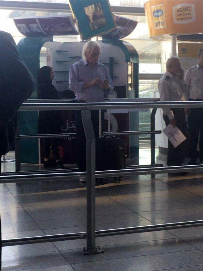 وینفرد شفر در فرودگاه