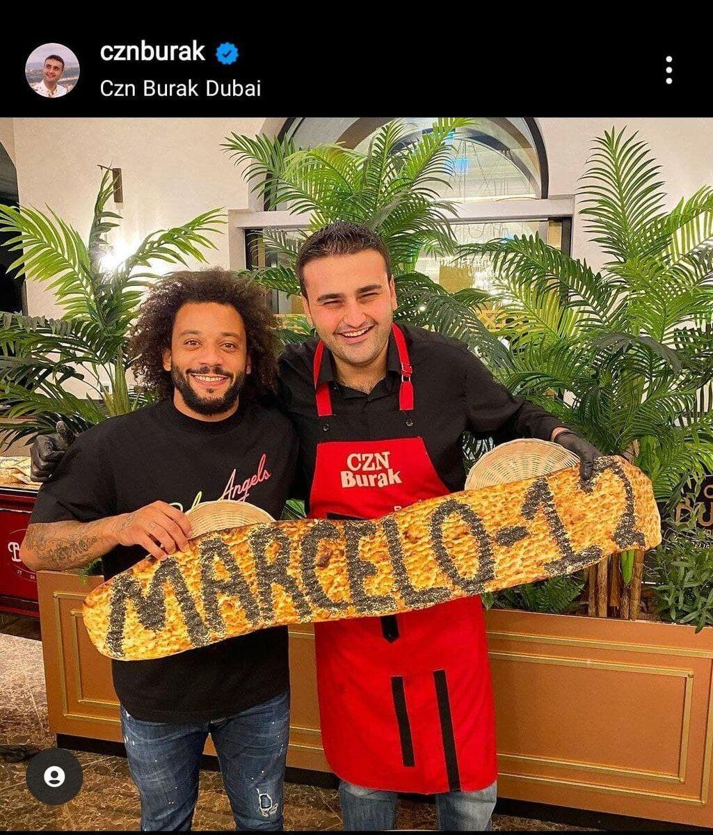 عکس| ستاره استقلال در معروفترین رستوران دبی