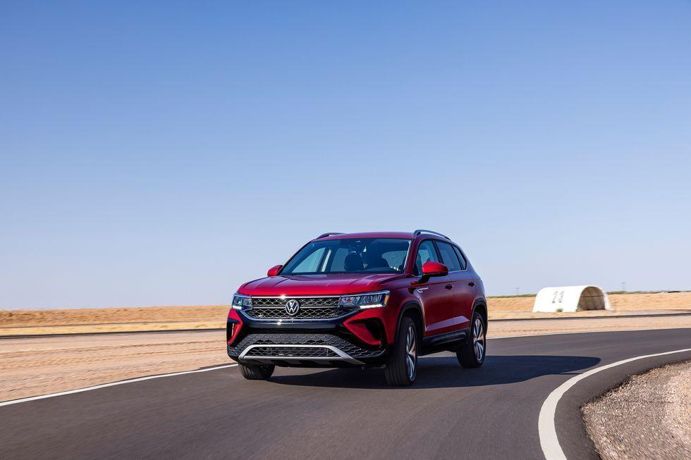 فولکس واگن Taos 2022 در میان SUV های ساب کامپکت بزرگ ظاهر می شود