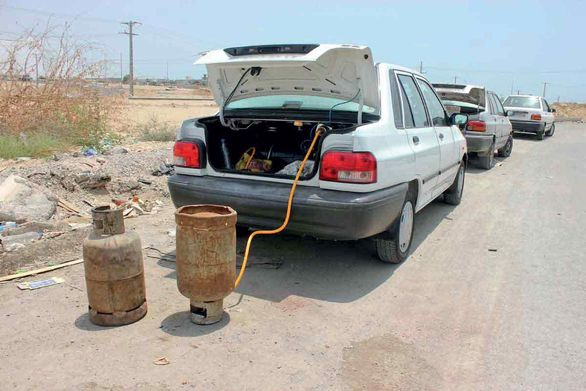 رونق گازسوز کردن غیر استاندارد خودروها / خطر تردد بمب های متحرک در شهر