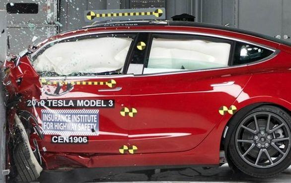 تسلا مدل 3 ایمن ترین خودروی آمریکا
