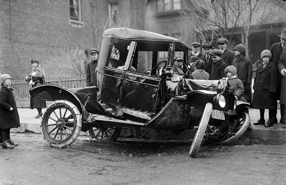 Image result for اولین تصادف خودرویی 1771