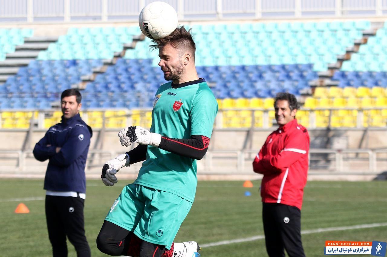بوژیدار رادوشوویچ ، دروازه بان دوم پرسپولیس که در هفت بازی انجام داده برای این تیم موفق به ثبت کلین شیت شد، طی دو روز گذشته نتوانسته به تهران بیاید.