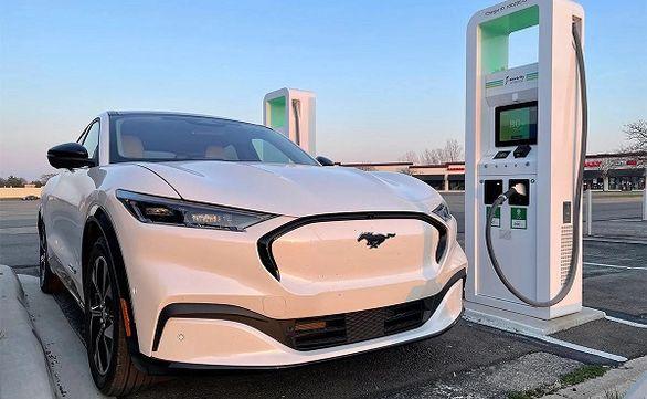 شهر بیضی آبی | جاه طلبی فورد برای توسعه خودروهای برقی