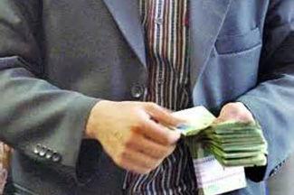 پیشنهاد افزایش 2 برابری عیدی کارمندان و بازنشستگان
