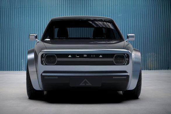 آلفا ACE   ظاهری کلاسیک با موتوری برقی