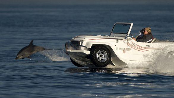 خودروهایی با قابلیت حرکت در آب و خاک (تصاویر)