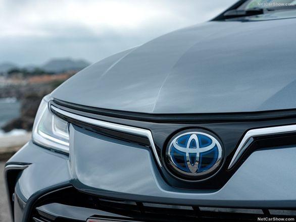 تویوتا کرولا باز هم پرفروش ترین خودروی دنیا شد (سایر رتبه ها)