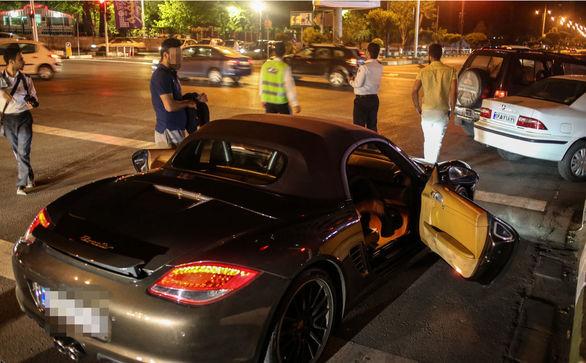 همه چیز در مورد مسابقات اتومبیلرانی شبانه غیرقانونی در تهران!