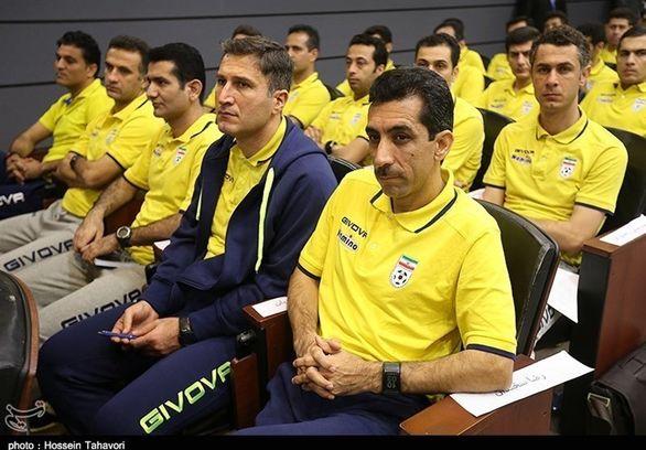 کمک داور مشهور فوتبال ایران قهر کرد!