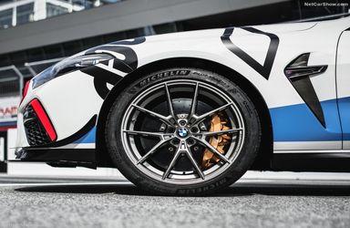 خودرو ب ام و M8 مدل 2019 برای مسابقات موتو جی پی