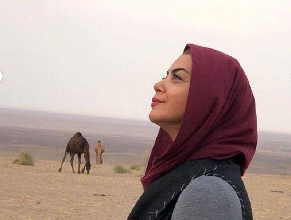 یله شبنم فرشادجو بر شن های کویر در غروب مرنجاب + عکس