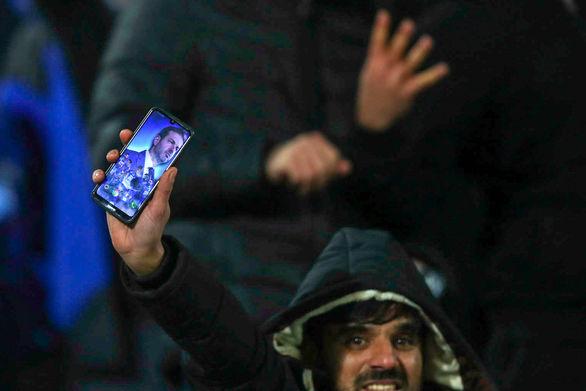 آب پاکی درودگر روی دست هواداران استقلال