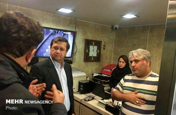 واکنش بازار ارز به بازدید ناگهانی رئیس کل بانک مرکزی از فردوسی