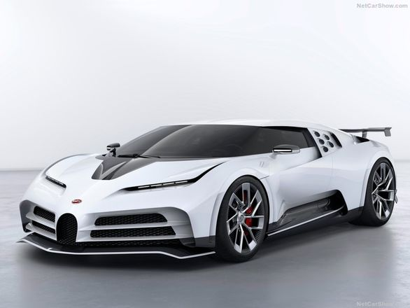 بوگاتی 10 میلیون دلاری خودروی جدید گاراژ کریس رونالدو