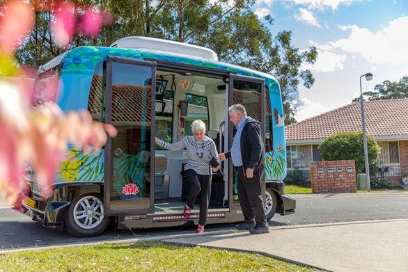 حضور آزمایشی اتوبوس خودران EZ10 در استرالیا