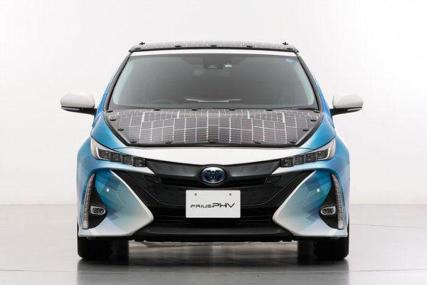 نسخه عملیاتی خودروی خورشیدی تویوتا (عکس)