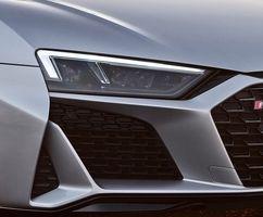 جدیدترین مدل ابرخودرو آئودی R8 را ببینید