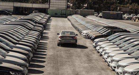 توپ ترخیص خودروها دوباره در زمین وزارت صمت