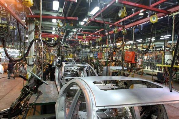 دام «پیش فروش» جلوی پای صنعت خودرو کشور