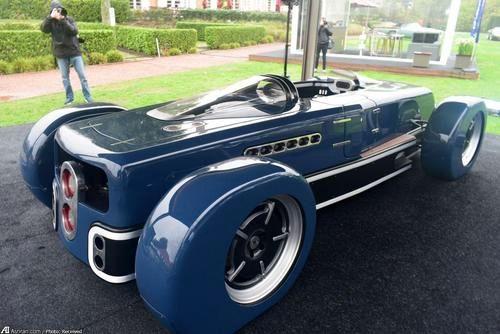 خودرویی که توسط یک نفر ساخته شده است (تصاویر)