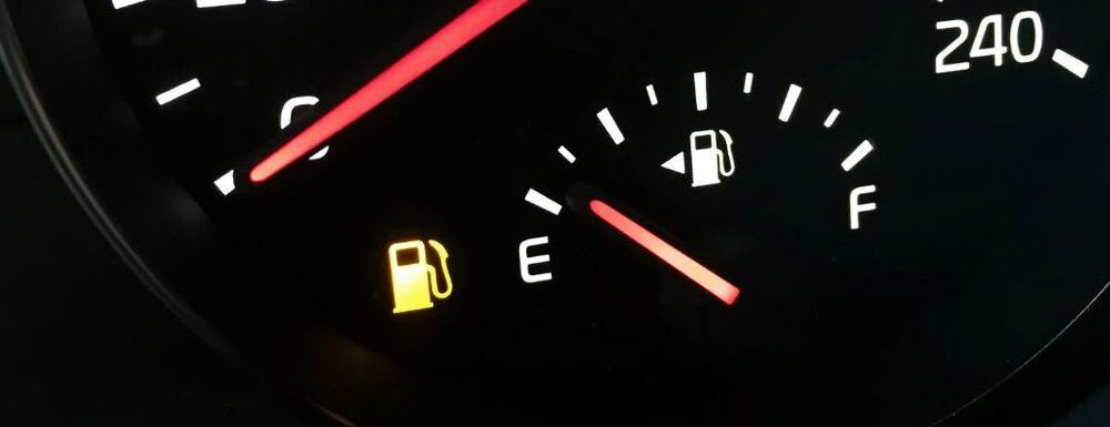 با این ۱۳ راهکار در مصرف بنزین صرفهجویی کنید