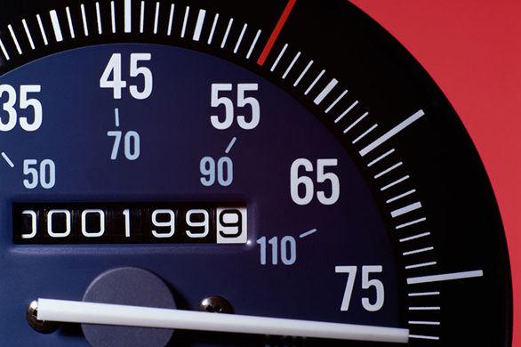 چگونه دستکاری کیلومتر خودرو را تشخیص بدهیم؟