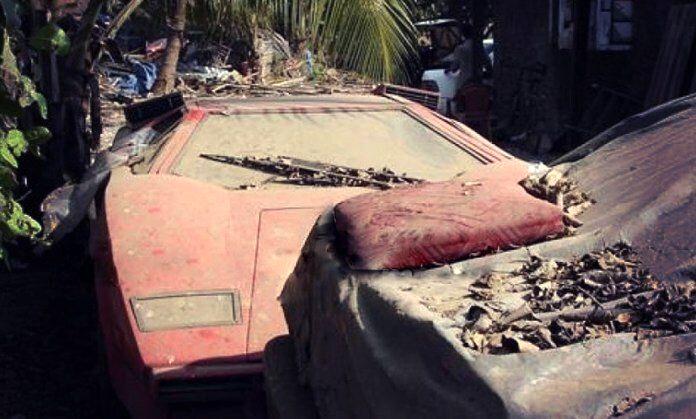 7 اتومبیل عجیب و غریب و نادر که در سراسر جهان پوسیده افتاده اند