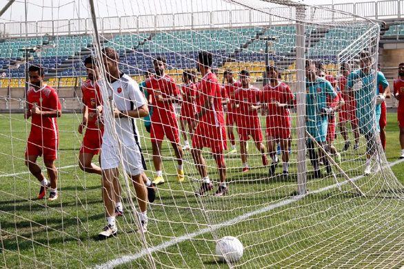 بعد از جدایی کالدرون بازیکنان پرسپولیس تهدید به اعتصاب کردند