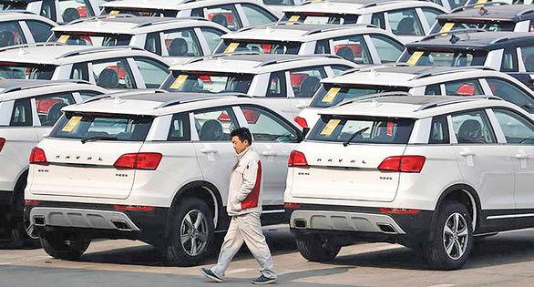 کاهش بی سابقه فروش خودرو در چین به دلیل کمبود تراشه