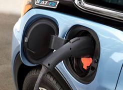 افزایش تمایل برای خرید خودروهای برقی در آمریکا